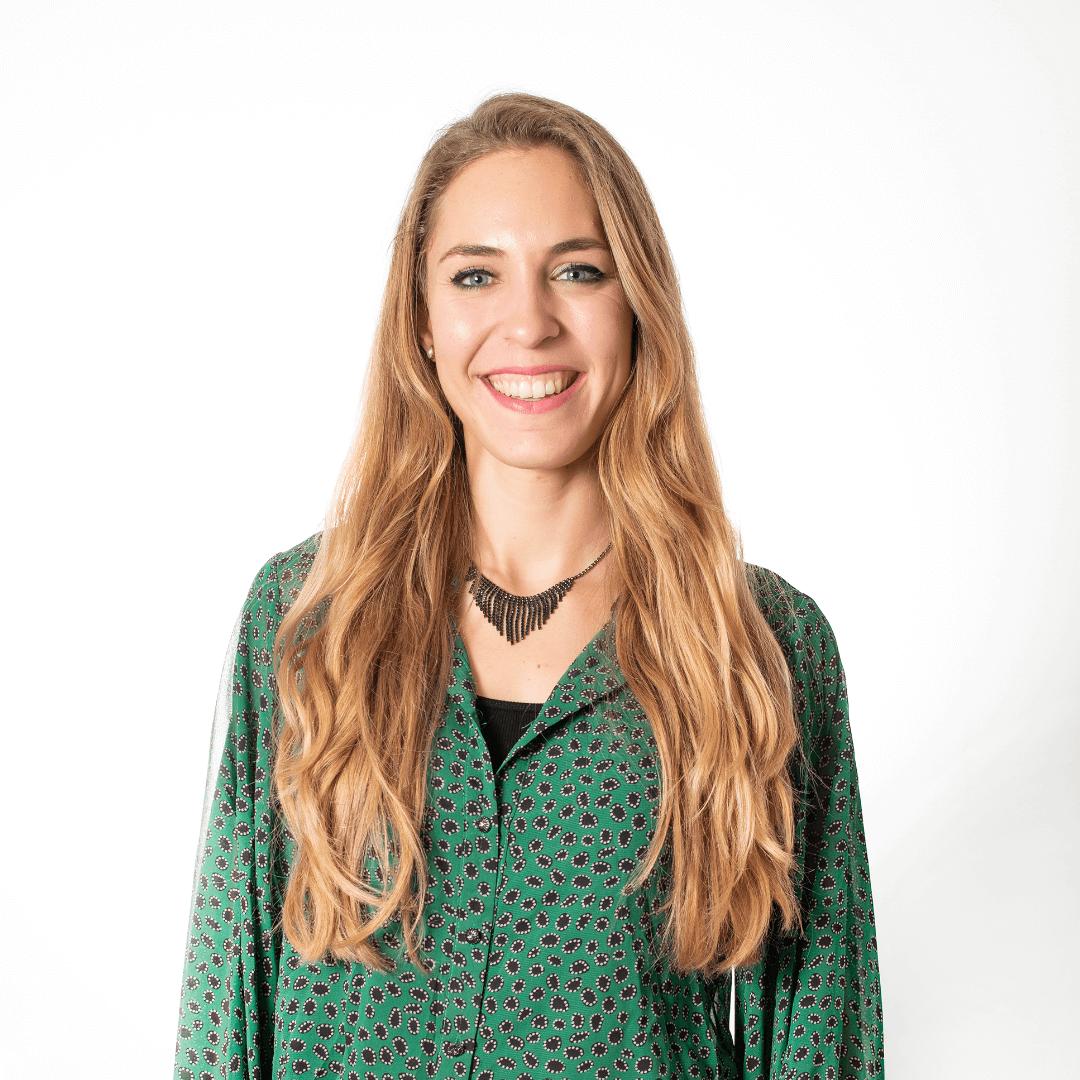 Helena Van Geijn. Asesora comercial